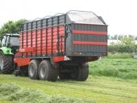 Samosběrací-vozy-Kverneland-10040-R---10045-R---10055-R-3