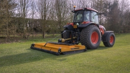 McConnel-Séria-Stripe-Mower-2