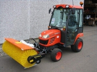 Malotraktor-Kubota-BX-2350-3