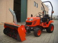 Malotraktor-Kubota-BX-2350-5