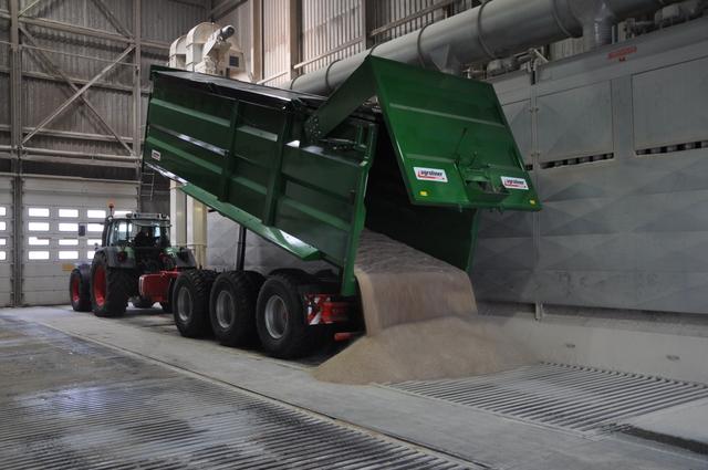 Vykladanie úrody obilnín