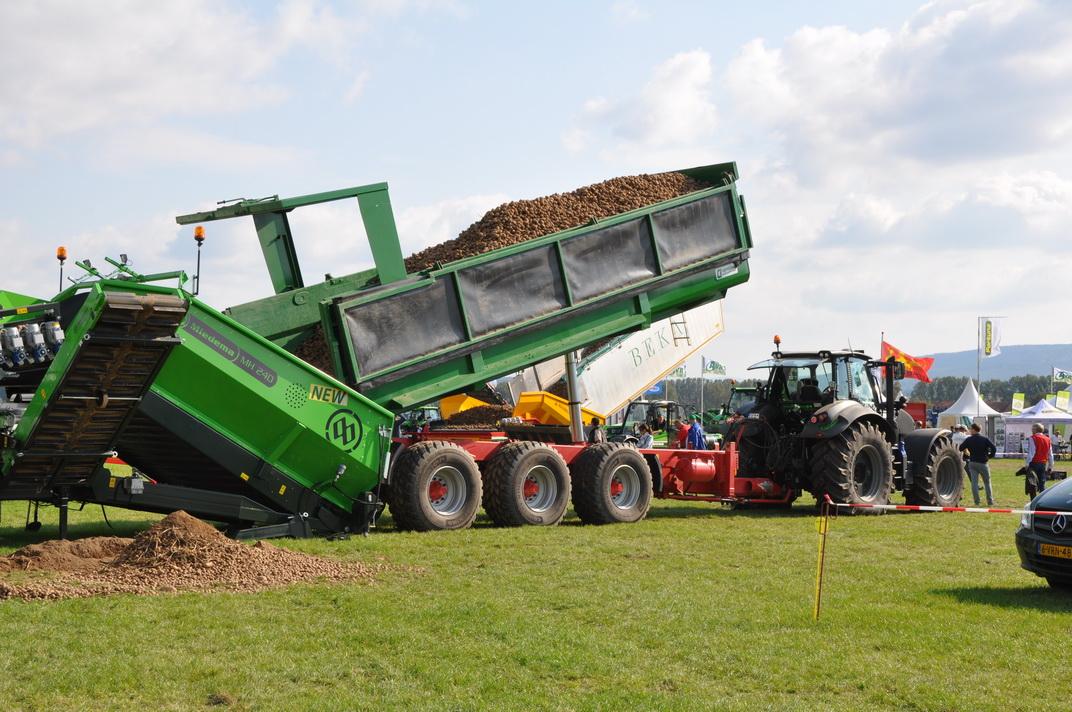 V spoločnosti Potatoe Europe sme predstavili náš MUK 402 v akcii
