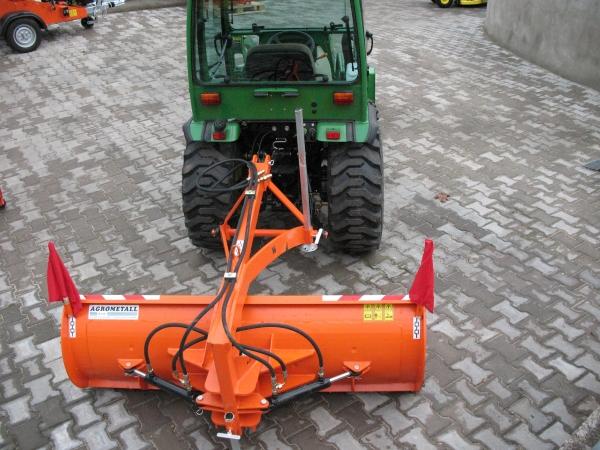 Zadná radlica hydraulicky natáčaná ZRH-M