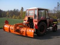 Zadná-radlica-hydraulicky-natáčaná-ZRH-T-4