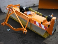 Zametač-KM-P-1